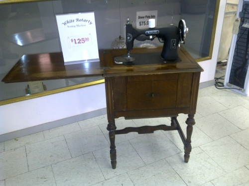white sewing machines-in-Dunrobin