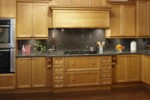 Peninsula maple cabinets in hialeah fl 33012 for Kitchen cabinets hialeah