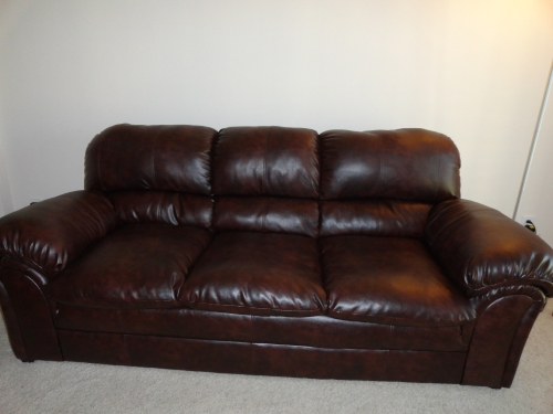 Simmons Mahogany Leather Sofa In Dallas Tx