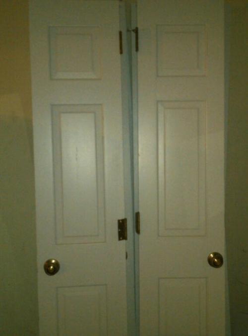 Double doors hardware