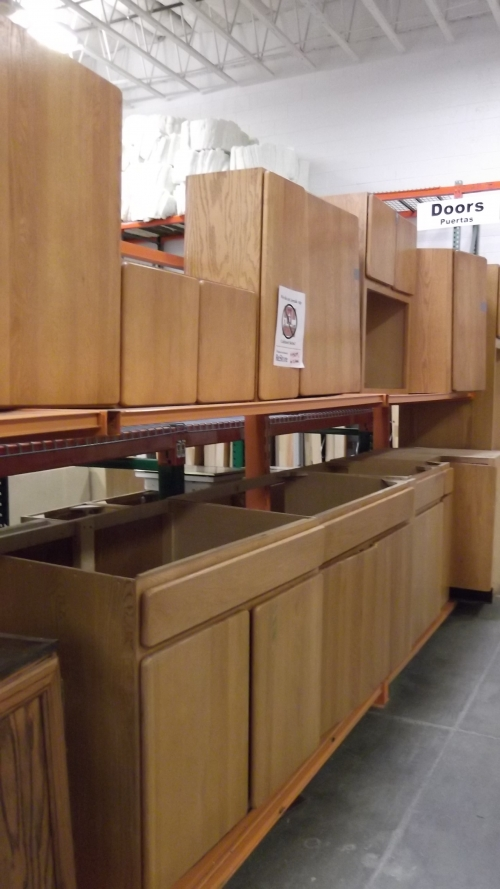 Kitchen cabinet sets all shapes and sizes in littleton co for Full kitchen cabinet set